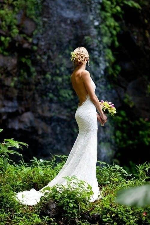 sexy backless wedding dress