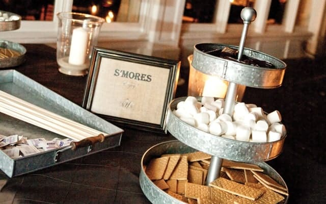 Head-Turning Dessert Table Ideas for Your Wedding Reception