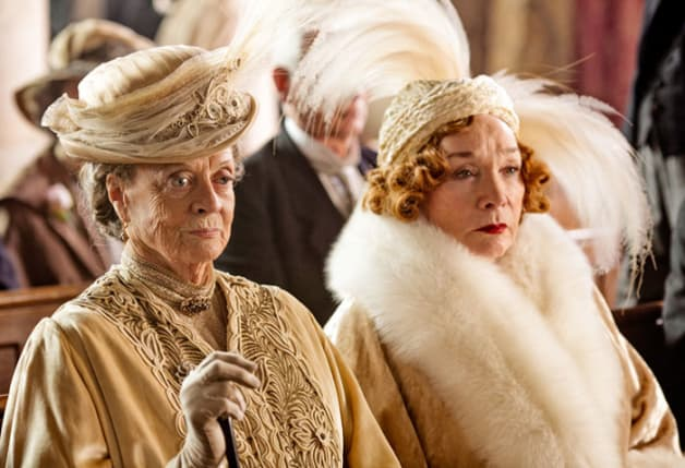 8-Reasons-to-Love-a-Downton-Abbey-Wedding5