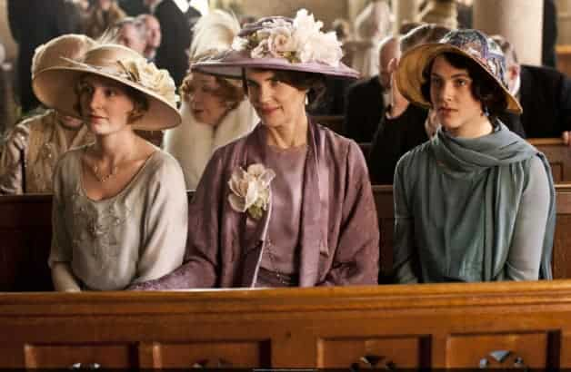 8-Reasons-to-Love-a-Downton-Abbey-Wedding6