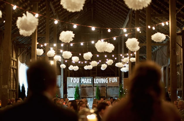 10-Beautiful-Barn-Weddings-We-Love8