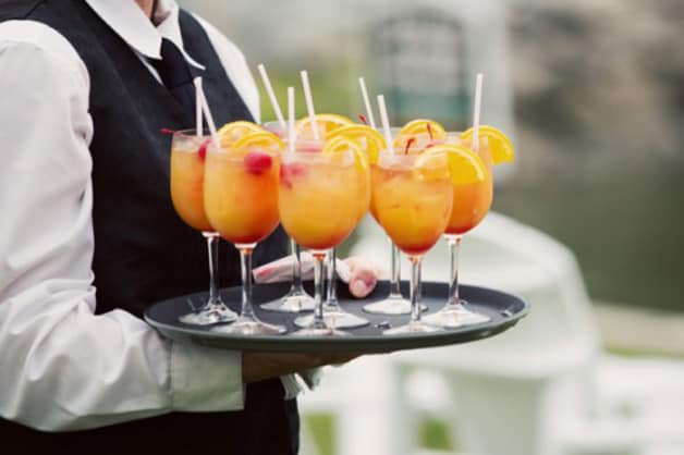 Customize-Your-Day-with-a-Signature-Wedding-Drink1