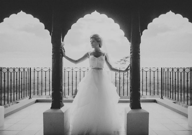 Your Ultimate Wedding Album: Black and White