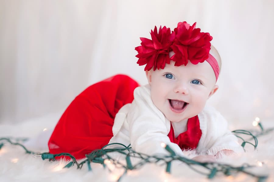 Good baby photoshoot ideas for christmas