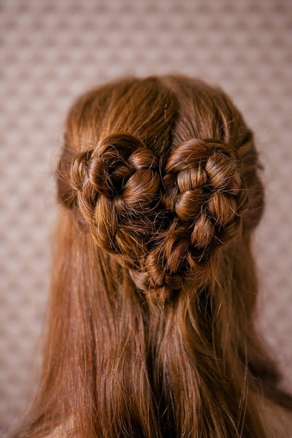 hair braid in heart shape