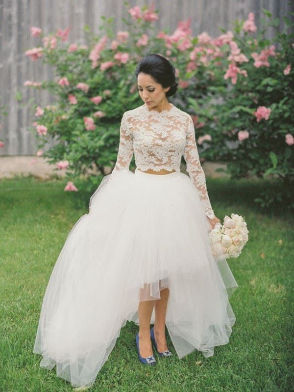 Two-piece wedding dress with lace and taffeta in garden