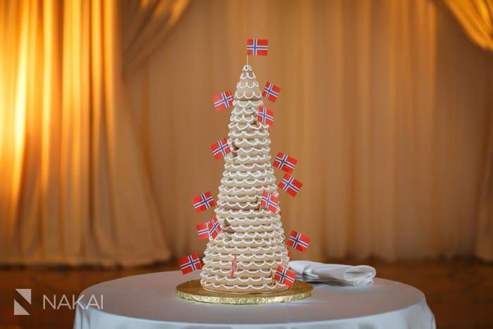 norway cake wedding with flags nakai